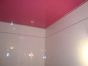 Требования к потолкам в ванной комнате