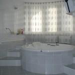 podium-dlya-vannoy
